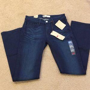 NWT Levi's mini boot legging, size 7